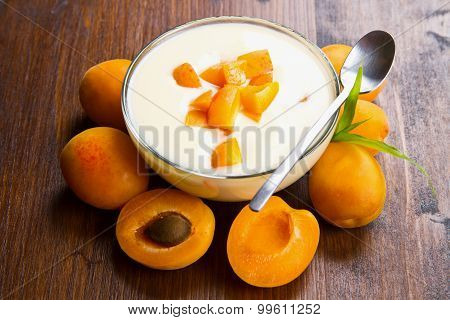 Fresh Yogurt With Apricots