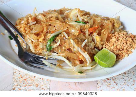 Thaifood Pad Thai, Stir Fry Noodles With Pork