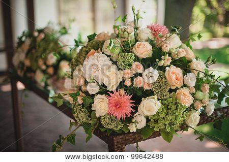 Beautiful Floral Wedding Table Decoration