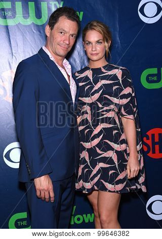 LOS ANGELES - AUG 10:  Dominic West & Ruth Wilson arrives to the Summer 2015 TCA's - CBS, The CW & Showtime  on August 10, 2015 in West Hollywood, CA