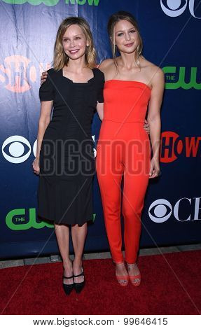 LOS ANGELES - AUG 10:  Calista Flockhart & Melissa Benoist arrives to the Summer 2015 TCA's - CBS, The CW & Showtime  on August 10, 2015 in West Hollywood, CA