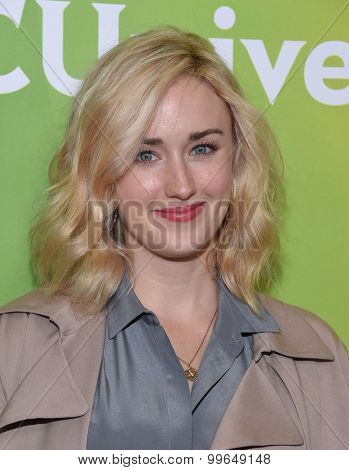 LOS ANGELES - AUG 12:  Ashley Johnson arrives to the arrives to the Summer 2015 TCA's - NBCUniversal  on August 12, 2015 in Beverly Hills, CA
