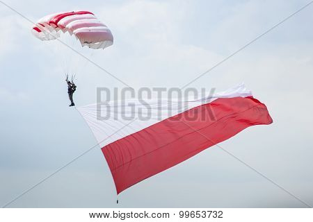 Radom, Poland - August 23: Parachutist With The Polish Flag At Air Show Radom 2015 Event On August 2