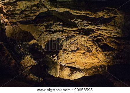 Natural Cave Lokvarka