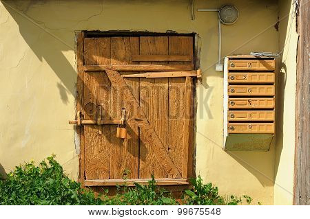 Old Wooden Door Shut By Outboard Lock