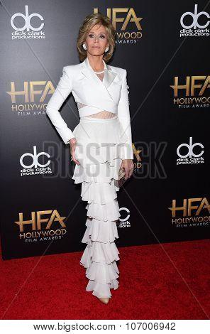 LOS ANGELES - NOV 1:  Jane Fonda arrives to the Hollywood Film Awards 2015 on November 1, 2015 in Hollywood, CA.