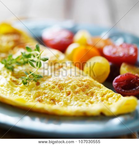 breakfast omelet with heirloom tomatoes close up