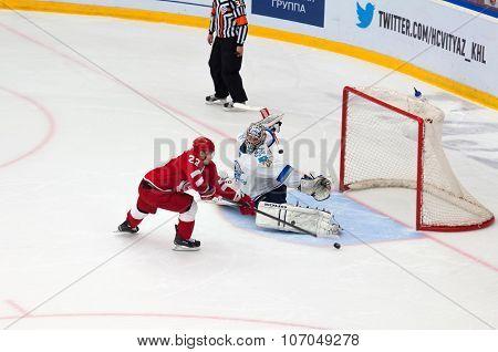D. Shitikov (23) Vs A. Ivanov (28)