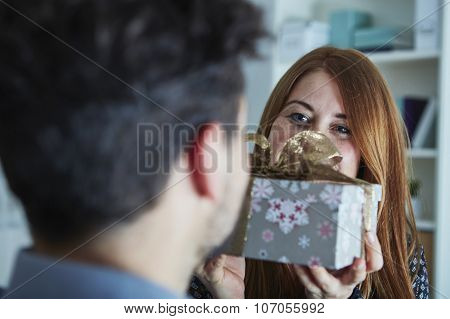 Girl Suprise Her Boyfriend With Christmas Gift