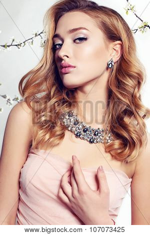 Gorgeous Woman Wears Elegant Lace Dress And Luxurious Necklace