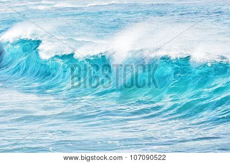 turquoise waves at Sandy Beach, Oahu, Hawaii, USA