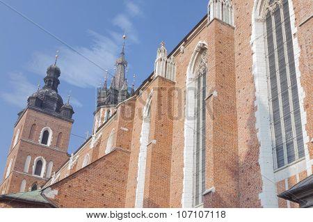 Poland, Krakow, Mariacki St Mary Curch Towers, Midday