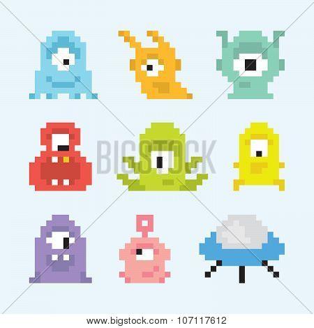 Pixel art aliens set