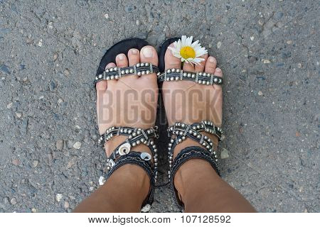 Feet with flower.