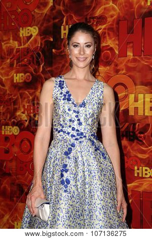 LOS ANGELES - SEP 20:  Amanda Crew at the HBO Primetime Emmy Awards After-Party at the Pacific Design Center on September 20, 2015 in West Hollywood, CA
