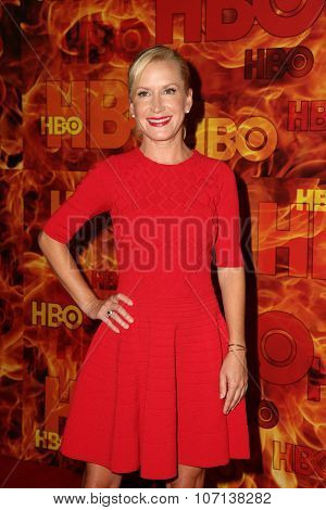 LOS ANGELES - SEP 20:  Angela Kinsey at the HBO Primetime Emmy Awards After-Party at the Pacific Design Center on September 20, 2015 in West Hollywood, CA