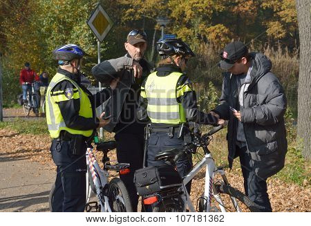 Police Checking For Id