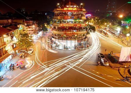 Hanoi traffic chaos at night
