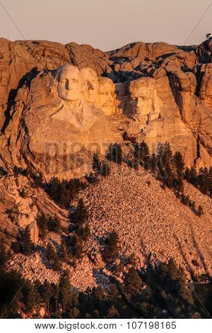 Sunset over Mount Rushmore Memorial