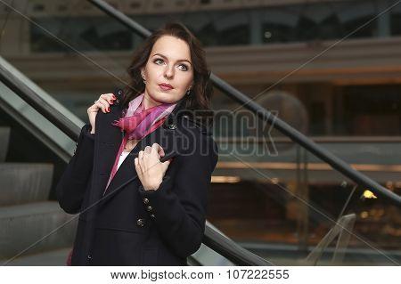 Pretty Woman Posing