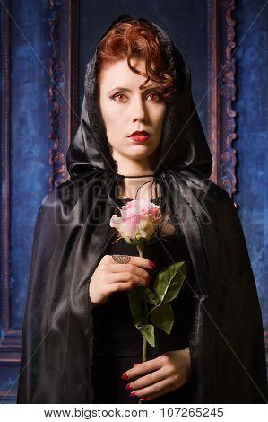 Very Pretty Woman Vamp