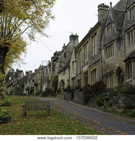 Houses in Burford Village