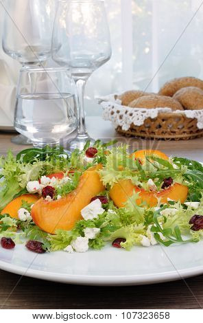 Light Salad With Peaches