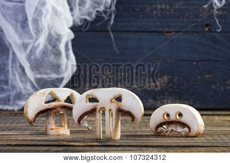 Three Slices Of Halloween Champignons