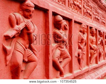 Sculptures on the wall, at Surajkund Fair, Haryana, India