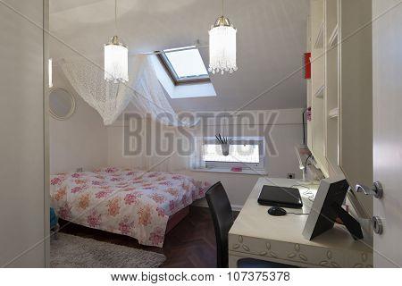 Bedroom In Loft Apartment