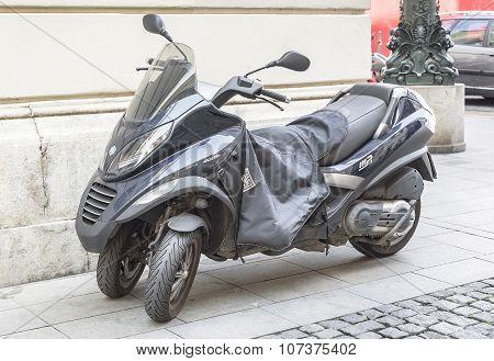 Motorbike Piaggio Mp3 400 I.E.