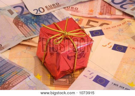 Presents And Money 2-3