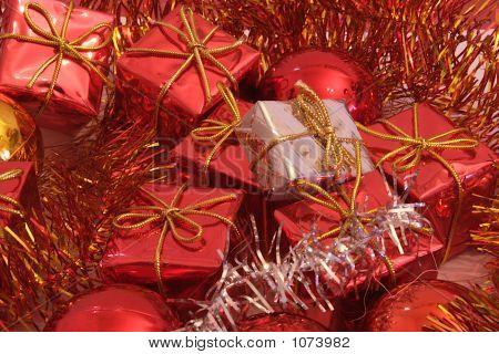 Christmas Presents 2-1
