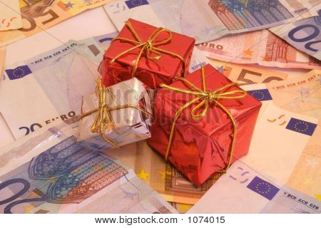 Presents And Money 2-4