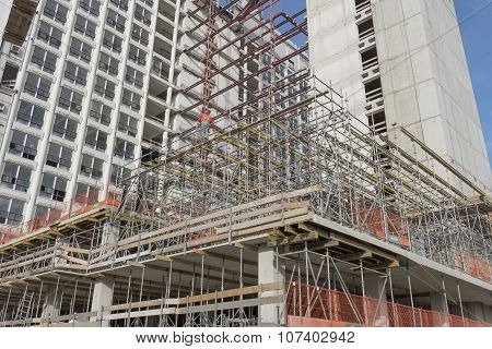 Scaffolding at the renovation of the former VROM.