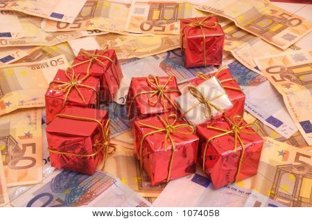 Presents And Money 2-1