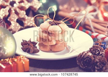 Selective Focus Of Christmas Cookies On The Dish, Vintage Toning