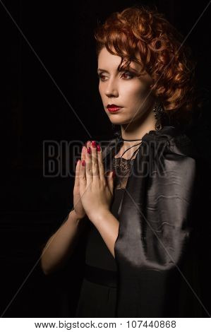 Very Pretty Woman Vamp Praying