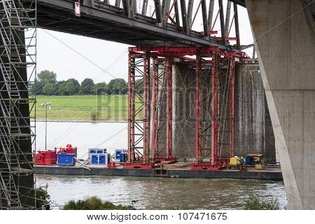 Industrial Carrying Platform Supporting Bridge