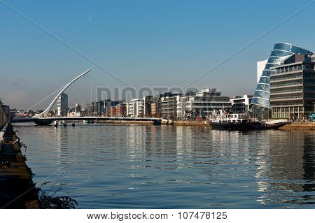 Samuel Beckett Bridge and the river Liffey in Dublin City Centre