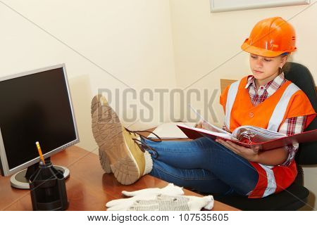 Young Contractor Working In The Office