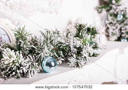Christmas decorations on the mantelpiece