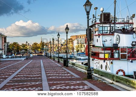 Tug Boat Fells Harbor