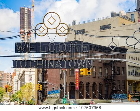 NEW YORK,USA - AUGUST 12,2015 : Sign marking the entrance to Chinatown in Manhattan