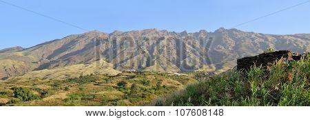 Homes Near Serra