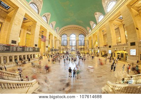 Fisheye Lens Picture Of Commuters In The Grand Central Terminal.