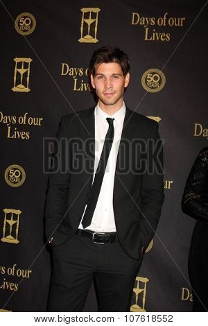 LOS ANGELES - NOV 7:  Casey Deidrick at the Days of Our Lives 50th Anniversary Party at the Hollywood Palladium on November 7, 2015 in Los Angeles, CA