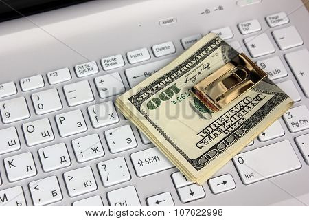 Dollars And Computer