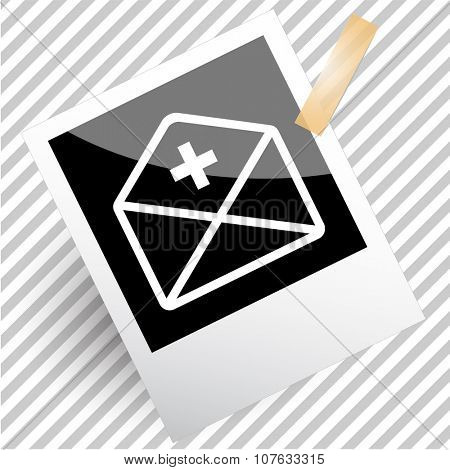 mail plus. Photoframe. Vector icon.