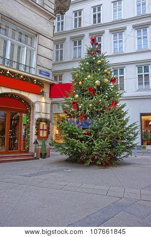 Christmas Tree With Modern Style Of Decoration In Downtown Of Vienna In Austria